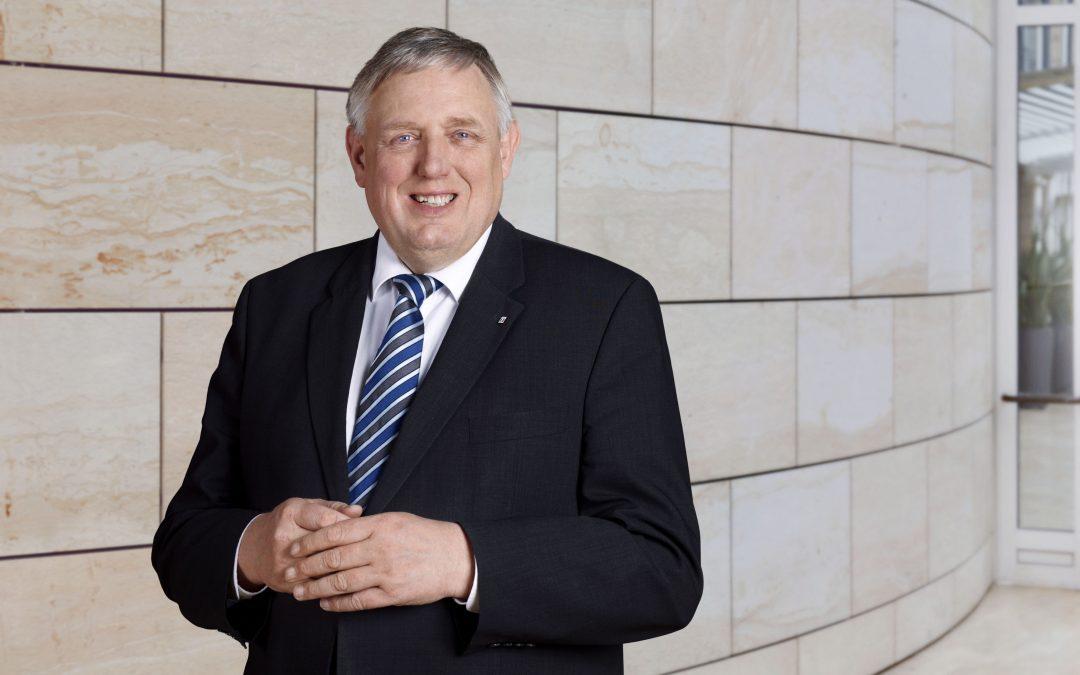 Telemedizin: NRW-Gesundheitsminister Laumann befürwortet sektorübergreifende Kooperationen bei der Gesundheitsversorgung